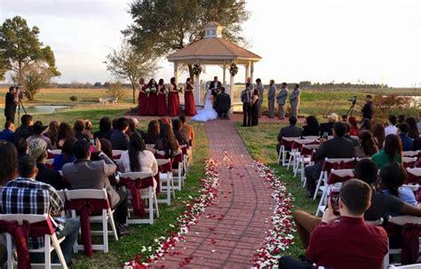 outdoor wedding photos wedding photography house estate