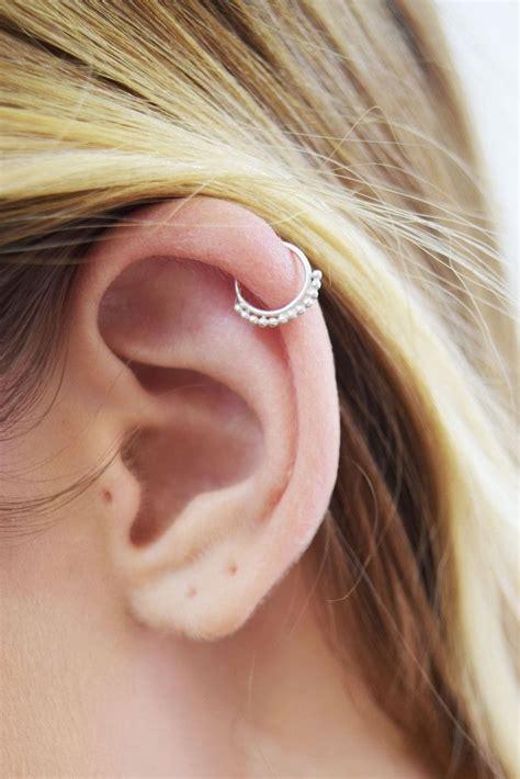 earring helix 25 best ideas about helix earrings on peircings ears and piercing ideas
