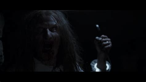 kutukan film exorcist sinopsis the conjuring horror movies maniak