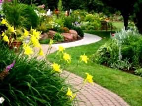 10 best landscaping ideas on a budget designstudiomk com