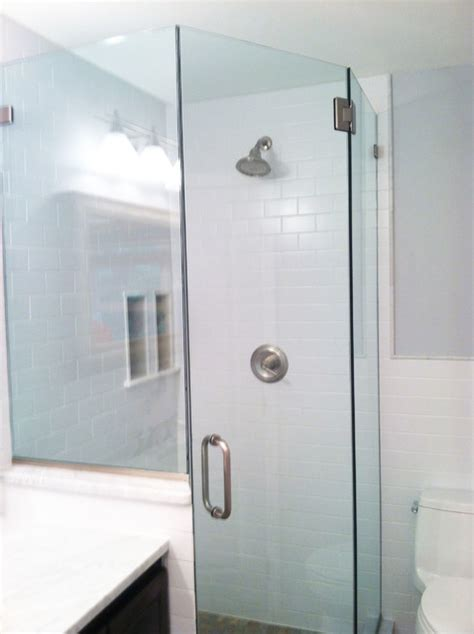 Ny Shower Door Neo Angle Shower Door Staten Island Ny Modern Bathroom New York By Paul S Glass Company