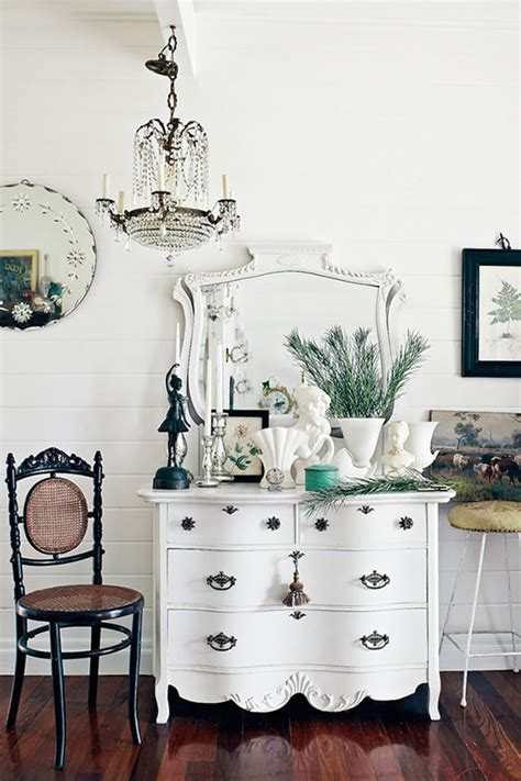 home decorating blogs vintage vintage style decorating how to the budget decorator