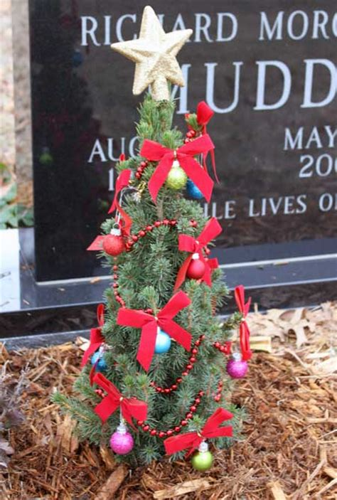 christmas decorating at the cemetery