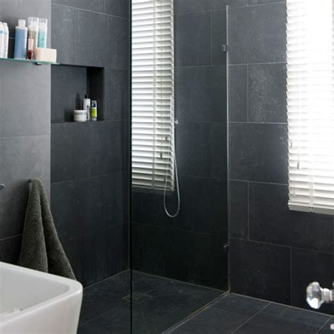 black bathroom tiles ideas bathrooms with black tiles on pinterest black bathrooms