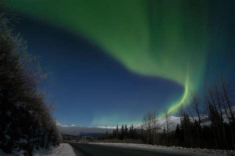 northern lights packages alaska alaska lodge package bettles lodge tour arctic circle tour