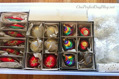 how to organise christmas ornaments