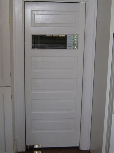 door swing lightweight restaurant swinging doors on sale pro