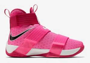 Sepatu Basket Zoom Lebron 9 Soldier Yow Pink Premium Import nike lebron soldier 10 yow think pink sneaker bar