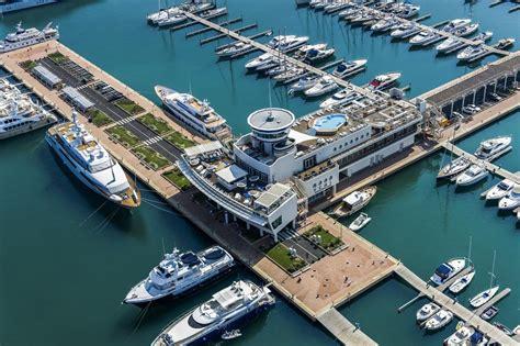 yacht club hotel yacht marina di loano italy booking