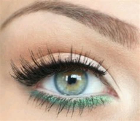 Eyeshadow Green simple makeup for blue green hair make up