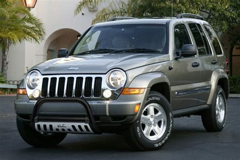 2006 jeep liberty grill westin 174 jeep liberty 2005 2006 2 5 quot ultimate bull bar
