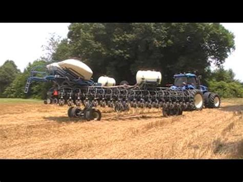 36 Row Corn Planter by Kinze 3700 36 Row Corn Planter