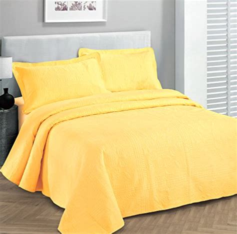 Sprei Bedcover Set Baby Yellow Line fancy collection 3pc luxury bedspread coverlet embossed