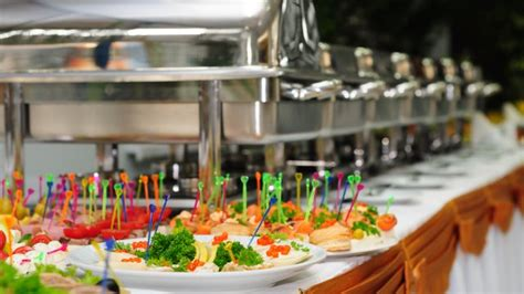 6 ways to build a catering sales culture inside your