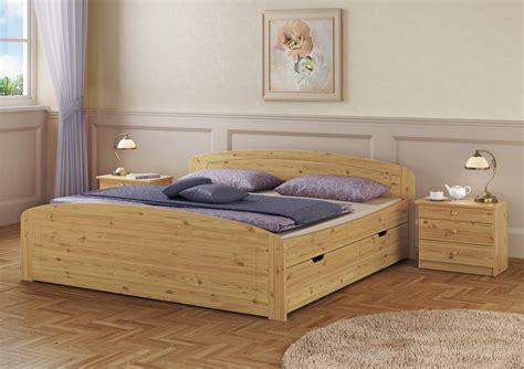 Bett 200x200 Hoch by Doppelbett Bettkasten Rollrost 200x200 Seniorenbett