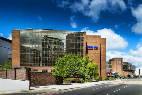 park inn hotel by radisson park inn by radisson cardiff city centre visit cardiff
