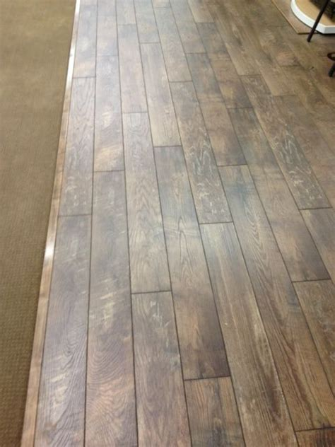 vinyl plank flooring pattern repeat 35 best mannington images on pinterest mannington