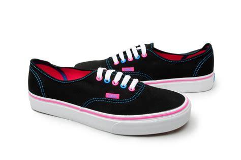 vans shoes authentic vn 0kum17t black pink blue ebay