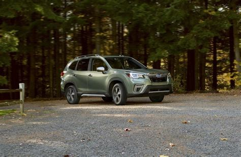 2019 subaru forester manual 2019 subaru forester adds size and safety scraps turbo