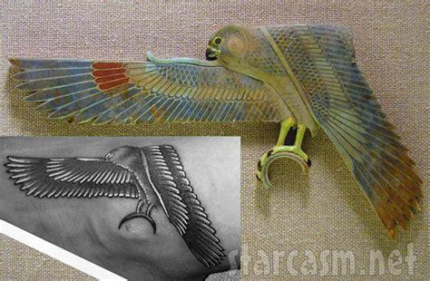 tattoo inspiration rihanna photos rihanna s egyptian falcon tattoo inspired by met