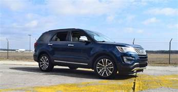 Ford Platinum 2017 Ford Explorer Platinum 4x4 Hd Road Test Review