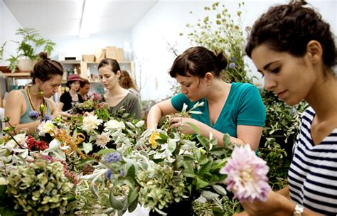 flower design training flower arranging finds a younger audience the new york times