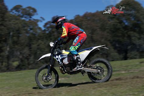 Review: 2017 Husqvarna TE 250 and TE 300   Bike Review