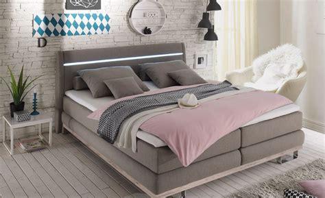 außergewöhnliche schlafzimmer betten schlafzimmer rustikal