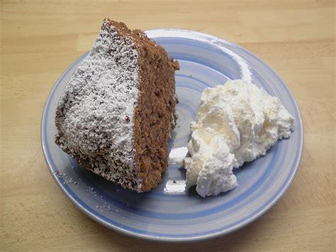 saftiger schoko nuss kuchen sarahs saftiger schoko nuss kuchen rezept mit