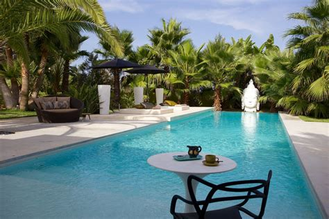 foto ville con giardino ibiza affitto villa con piscina e giardino esotico ville