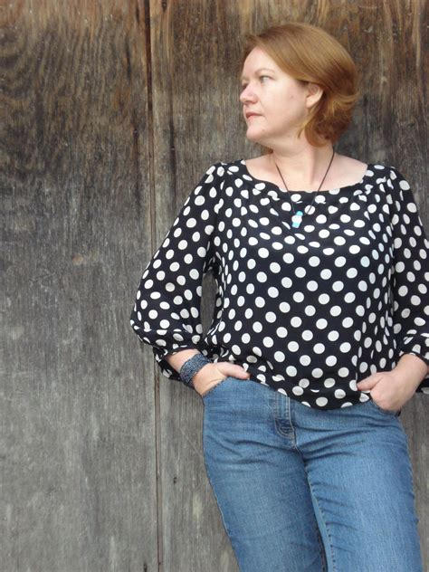 Dotty Top Original dotty spotty top sewing projects burdastyle