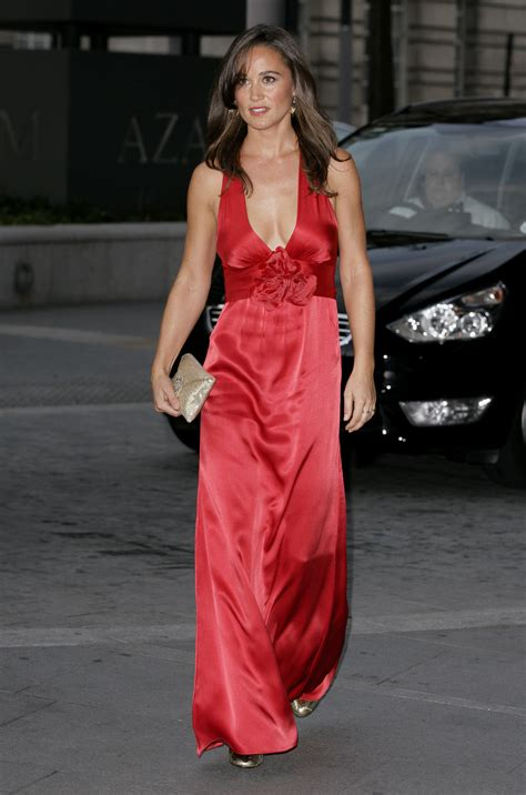 middleton pippa pippa middleton red dress candids in london 01 gotceleb