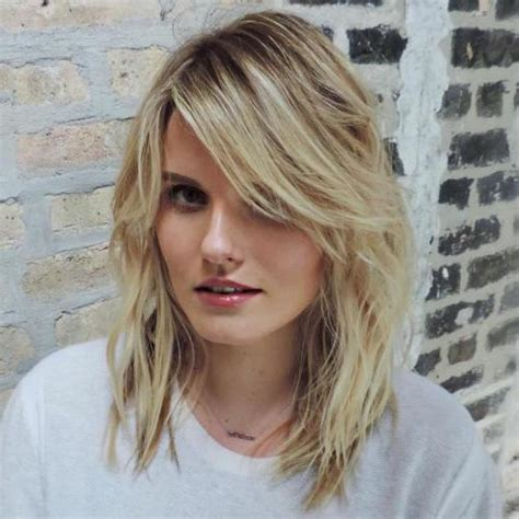 Hairstyles With Side Bangs by 30 Side Swept Bangs To Sweep You Your