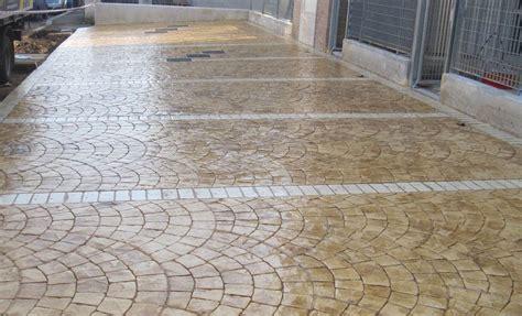 piastrelle in cemento per esterno come scegliere le piastrelle per terrazzi le piastrelle