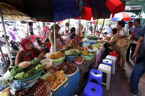 vidio membuat jajanan pasar 1 orang 1 wisman good news from indonesia