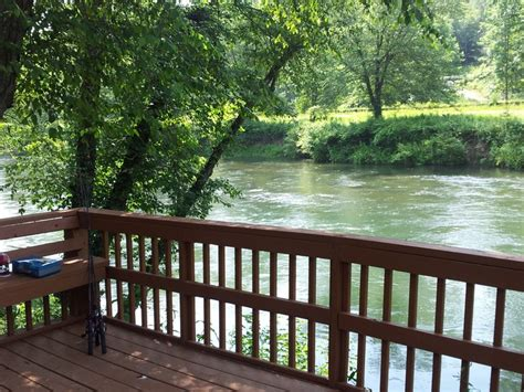 Blue Ridge Ga Cabin Rentals On The River by Fish Trap Cabin Back Deck On The Toccoa River Blue