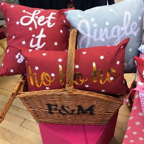Some Handmade Gifts - get some handmade gifts at this craft market