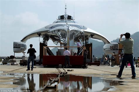 trimaran yacht hong kong yachting enters the space age 15m superyacht five years