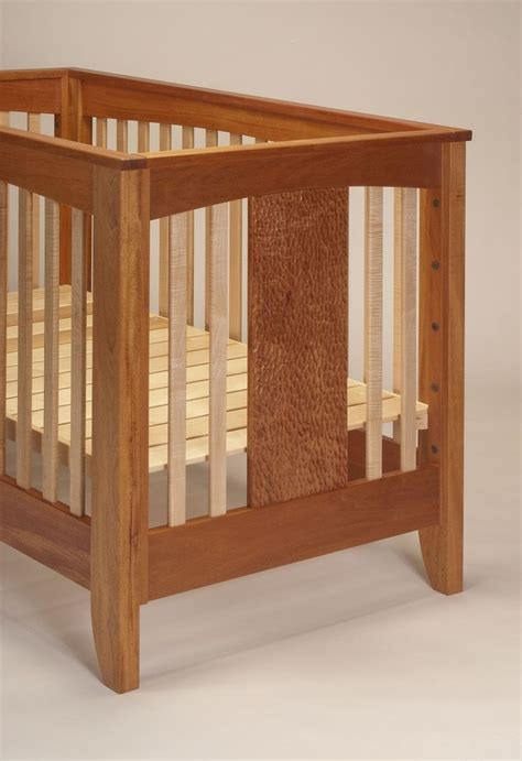 Handmade Crib - wooden baby crib plans woodworking projects plans