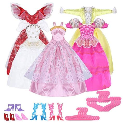 como hacer ropa para barbie como hacer un armario para ropa de barbie cddigi com