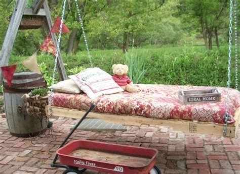 pallet swing bed 33 pallet swings chair bed and bench seating plans