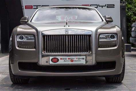 roll royce rois used rolls royce pre owned rolls royce cars in delhi