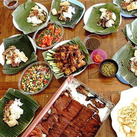 Krupuk Babi Bali Cap Babi Lima kuliner bali favorit wisatawan mancanegara reservasi