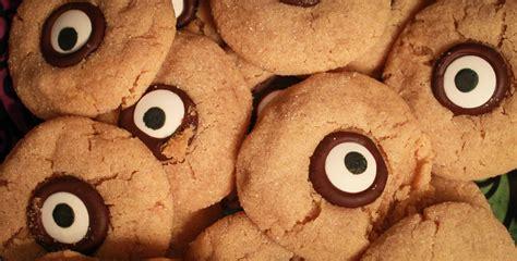 peanut eye peanut butter monster eye cookies