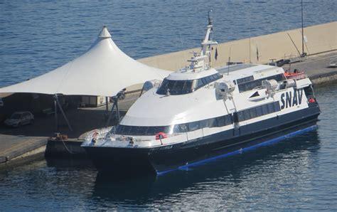 ferry naples to capri sorrento hydrofoil and jetboats services to capri naples