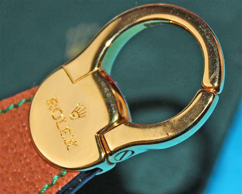 porte clef pour voiture porte clefs rolex cuir ecusson plaque or goodies