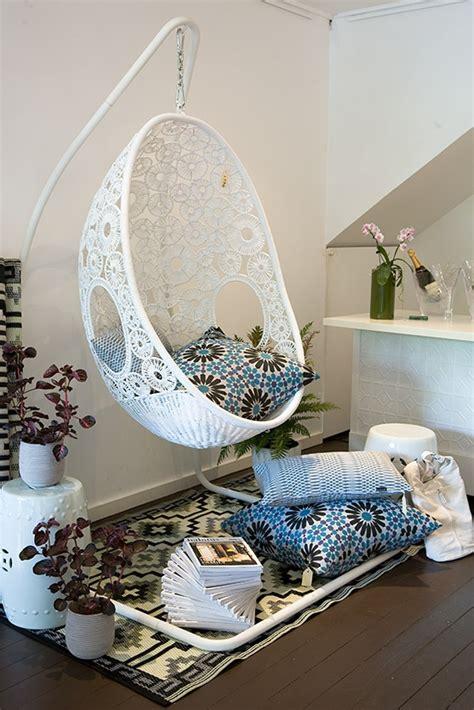 ceiling swings for bedrooms crochet swing chair crochet home decor pinterest
