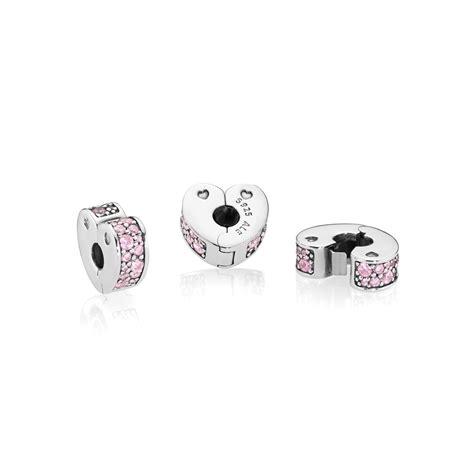 Pandora Loving Pandora Clip P 789 pandora pink arcs of clip charm 797020pcz greed jewellery