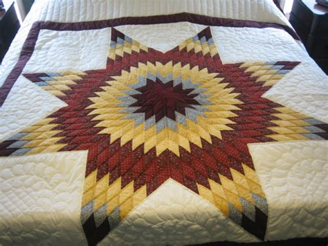 Amish Lone Quilt by Pin Heavenly Bones On