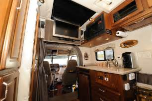 Truck Cab Interior Accessories Sleeper Cabs On Semi Trucks Rigs And Western
